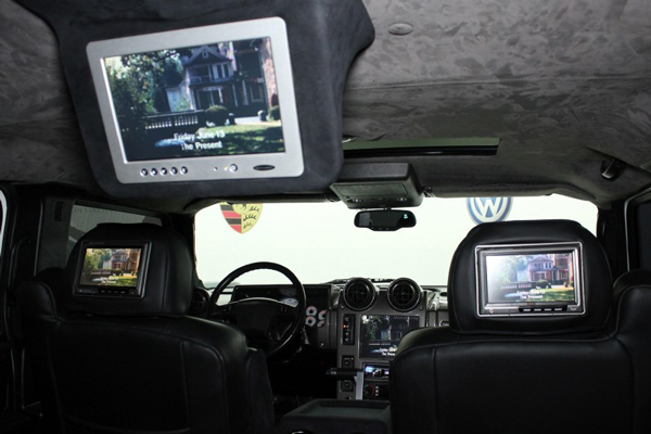 The Hummer H2 that LeBron James drove during high school has multiple monitors. (Autos Direct Online)
