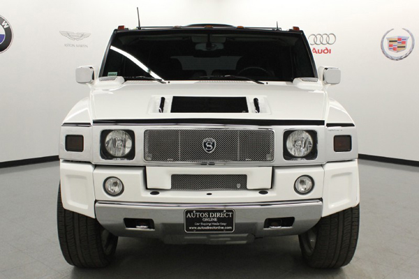A front view of the Hummer H2 that LeBron James drove during high school (Autos Direct Online)