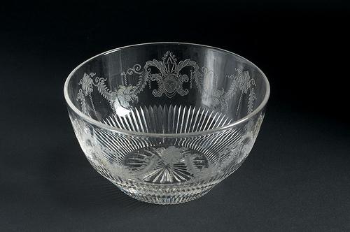 4. Decorative bowls