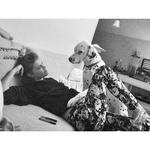 @ninaagdal Stella and I chatting about life. She gets me better than anyone