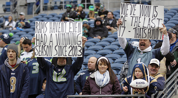 Seattle Seahawks vs. St. Louis Rams :: AP Photo/John Froschauer