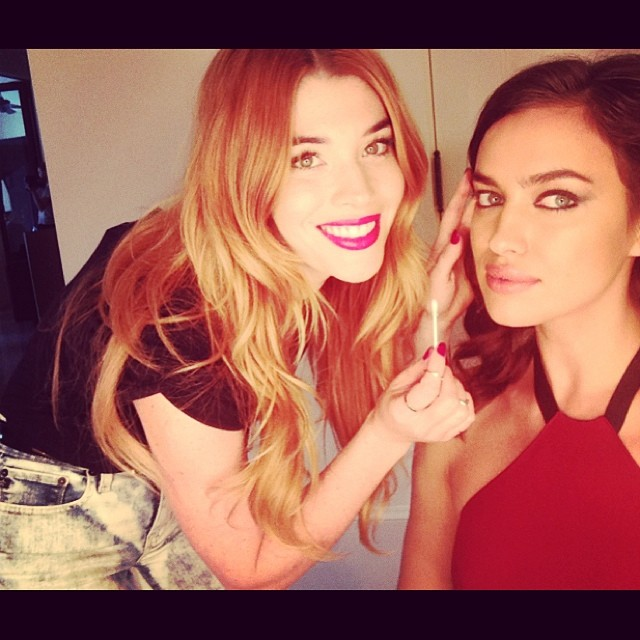 @irinashayk: @lauren_andersen my fav doing touch ups for @avoninsider !its all about eyes & lips