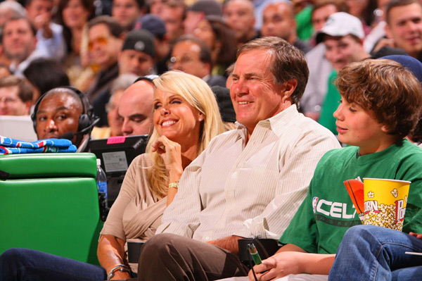 Bill Belichick and Linda Holliday :: Damian Strohmeyer/SI
