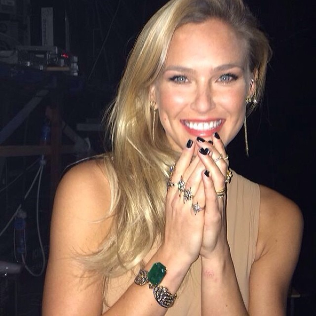 @barrefaeli:   @simonell thank you for jeweling me up with @hsternofficial