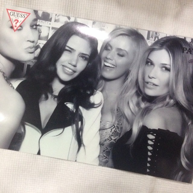 @samanthahoopes_: My guess girls @guess #guessgirls #guess #nyc#party @missfeatherd @nicoletavaculov@effyharvard ️