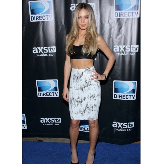 @hanni_davis: My look from last night. @directv