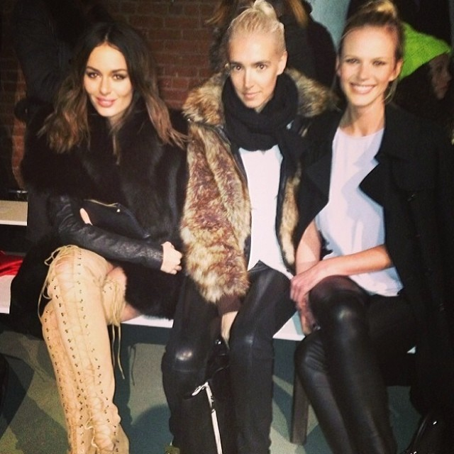@annev_official: Front row spying @nictrunfio @tarynshumway ️ @wes_gordon