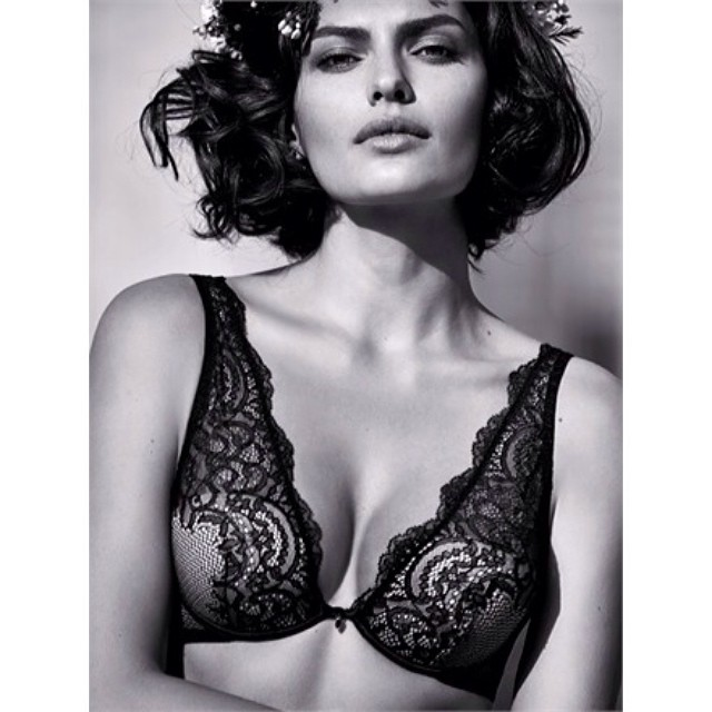 @luvalyssamiller: Love the new @intimissimiofficial campaign shot by the talented@davidbellemere  @ayaminishimura @sara_santini