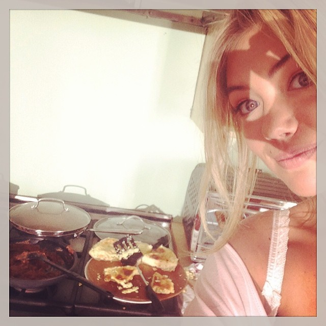 @kateupton: My character Amber is such a good cook! #theotherwoman #otherwoman#tbt