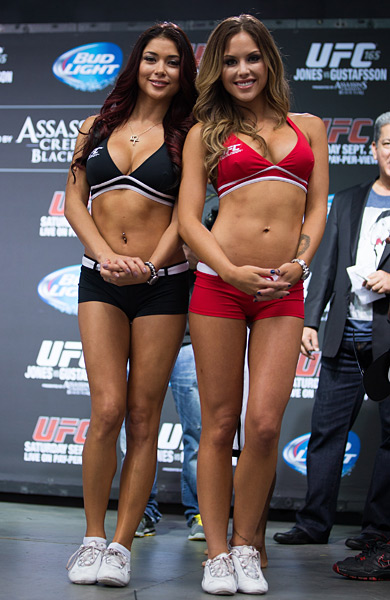 Arianny Celeste and Brittney Palmer :: Getty Images