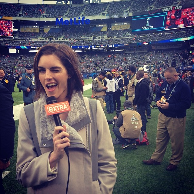 @hilaryhrhoda: So cool, on the field before the game! #sb48