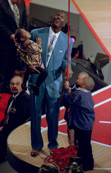 Michael Jordan and Family :: AP