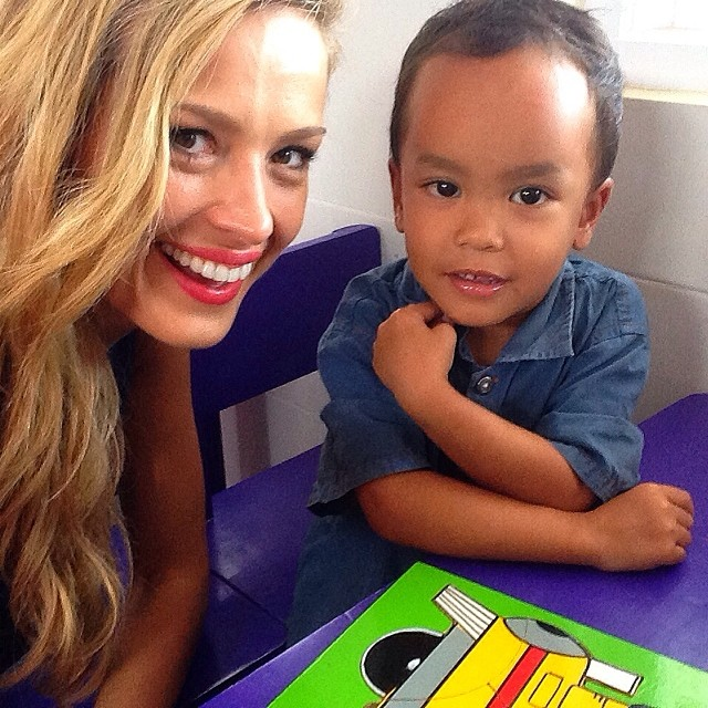 @pnemcova: We are sending you biggest hug to you from @HappyHeartsFund #Indonesia.