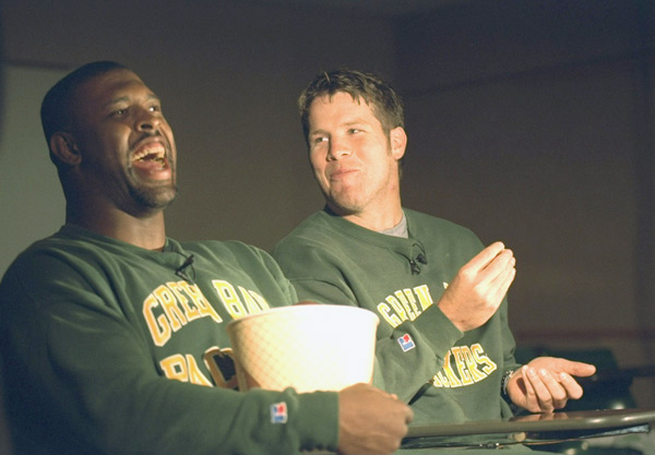Reggie White and Brett Favre :: Rich Frishman/SI