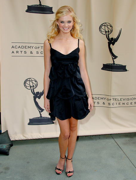 Sara Paxton :: Getty Images