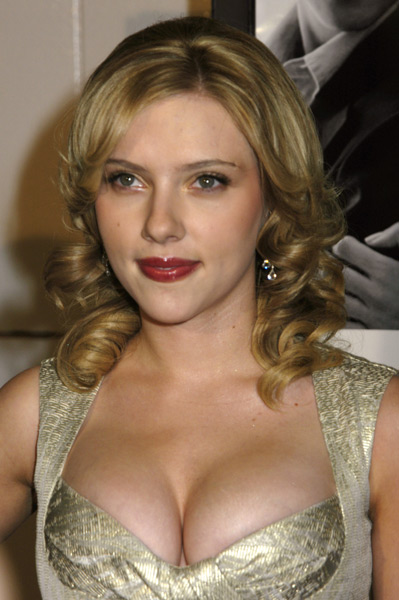 Scarlet Johansson :: Getty Images