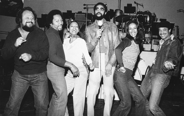 Walt Frazier and 5th Dimension :: AP