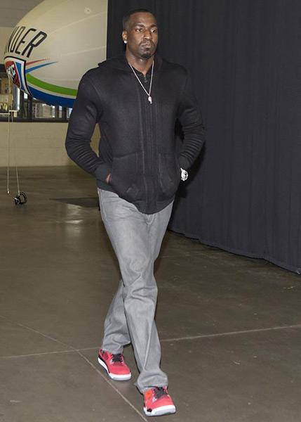 Kendrick Perkins :: Getty Images