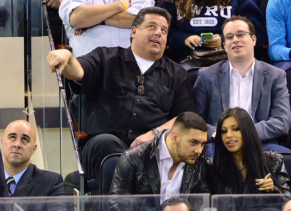 Steve Schirripa,                      New York Rangers vs. Philadelphia Flyers :: Getty Images