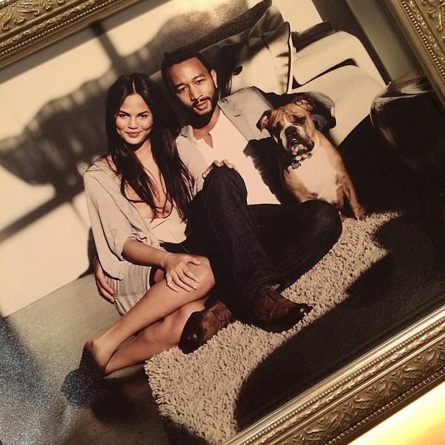 @chrissyteigen Jason Bell shot the new official photo of the duke and duchess of cambridge. He also shot this. WHO WAS CLASSIER, @jasonbellphoto WHO!!!