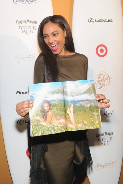 Ariel Meredith :: Getty Images