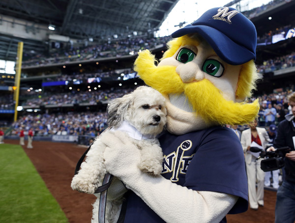 Bernie Brewer and Hank :: AP Photo/Jeffrey Phelps