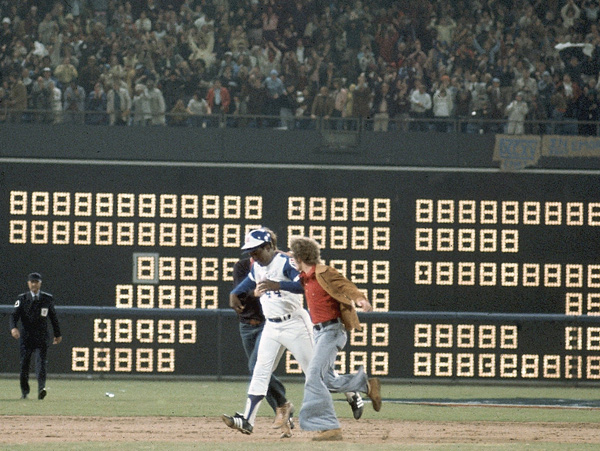 Image result for hank aaron hitting