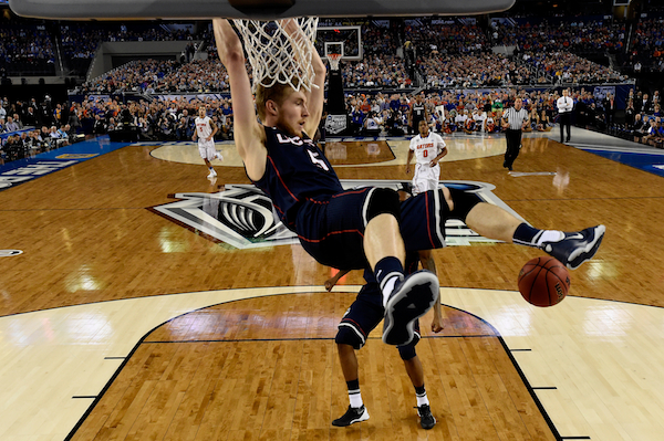Niels Giffey throws one down.  (Getty Images)