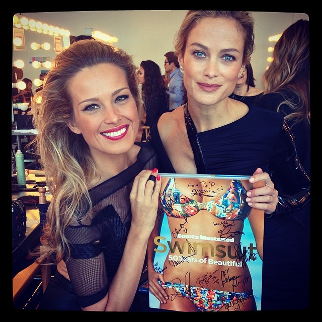 @pnemcova: With @carolynmurphy at the secret @SI_swimsuit #Legends #photoshoot. U have a chance to #win trip to next #photo #shoot for you+1 all taking care of or prices like this amazing #50yearsOfBeautiful #book. emoji Kdo chce vyhrát nádherný zážitek? http://prizeo.com/swimsuit