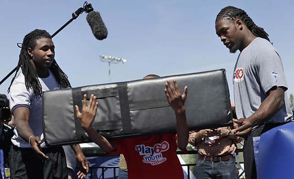 Sammy Watkins and Jadeveon Clowney :: AP