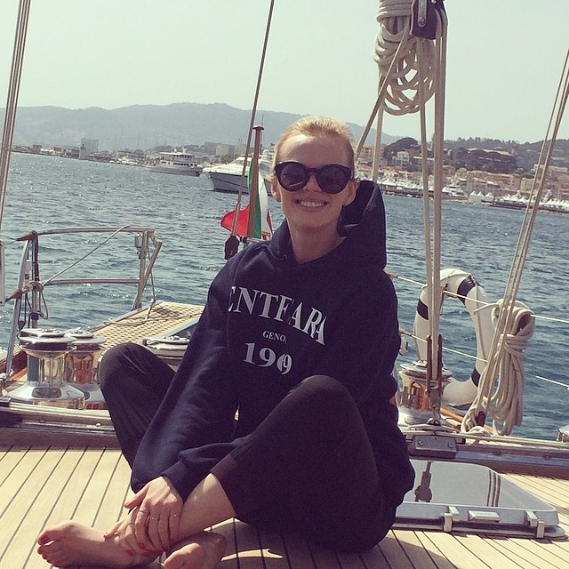 @annev_official partakes in exactly the sort of activity you might imagine happens on the French Riviera