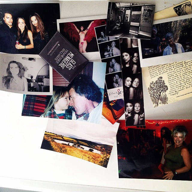 Emily Ratajkowski (@emrata) gives us a peek inside her world with a snap from her refrigerator door