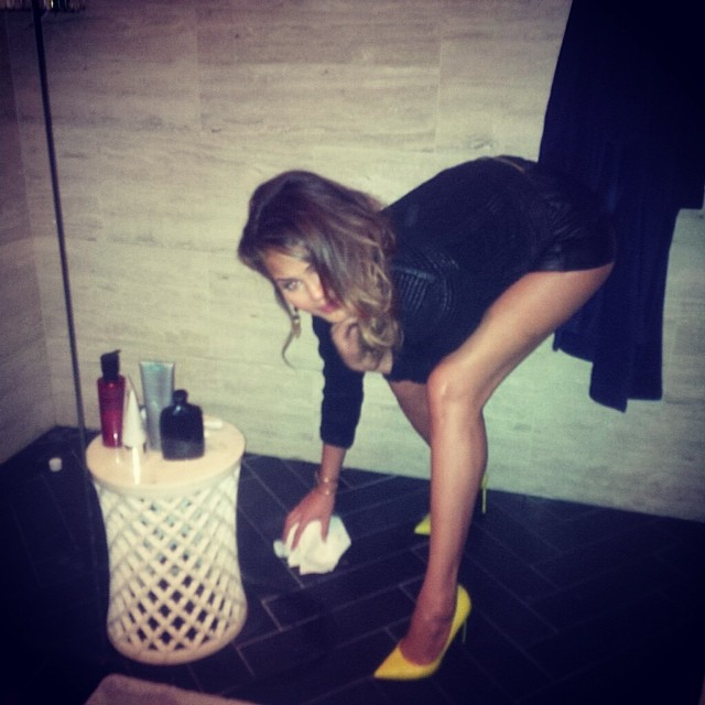 """@chrissyteigen ain't no diva; will readily pick up her dog's """"butt presents"""" (her words, not mine)"""