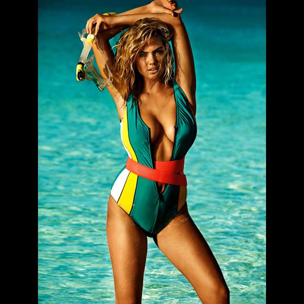 Kate Upton :: Mario Testino for British Vogue