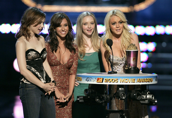 Rachel McAdams, Lacey Chabert, Amanda Seyfried and Lindsay Lohan :: Getty Images