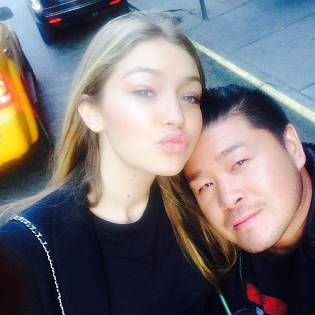 @allanface: Back in NYC! First mission: Find @gigihadid Mission Accomplished. #NYC#gigihadid #bff #love #newyorkminute #adore #selfie #newyork #nofilter#bestlight