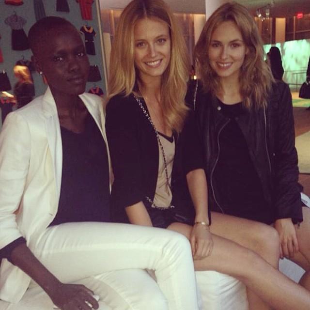 @katelynnebock: The girls #galaforgood @goodsforgood @elitenyc