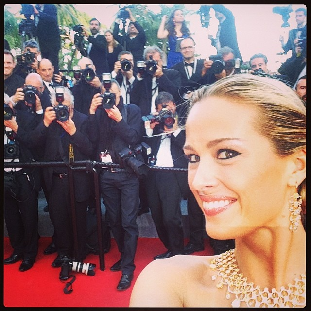 @pnemcova: Feel the buzz! #redcarpet #selfie before #TwoDaysOneNight #movie in#cannes2014 @chopThank you @zuhairmuradofficial, @chopard@zuhairmuradofficial @ferragamo