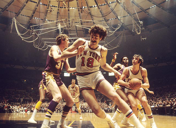Knicks vs. Lakers, 1973 :: Walter Iooss Jr./SI