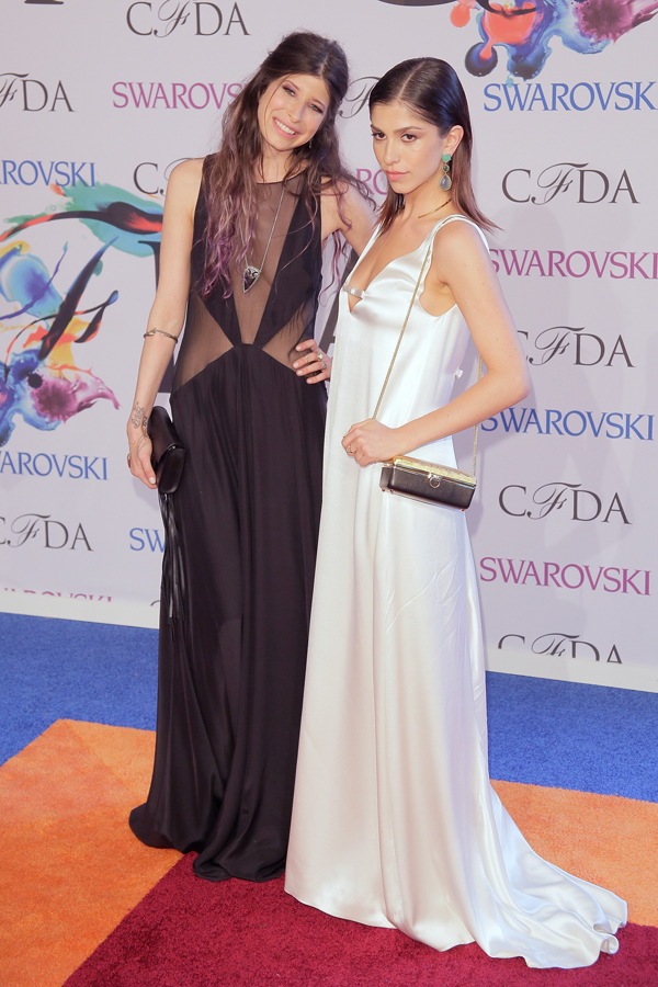 Jeisa Chiminazzo (in white with designer Pamela Love) :: Getty Images