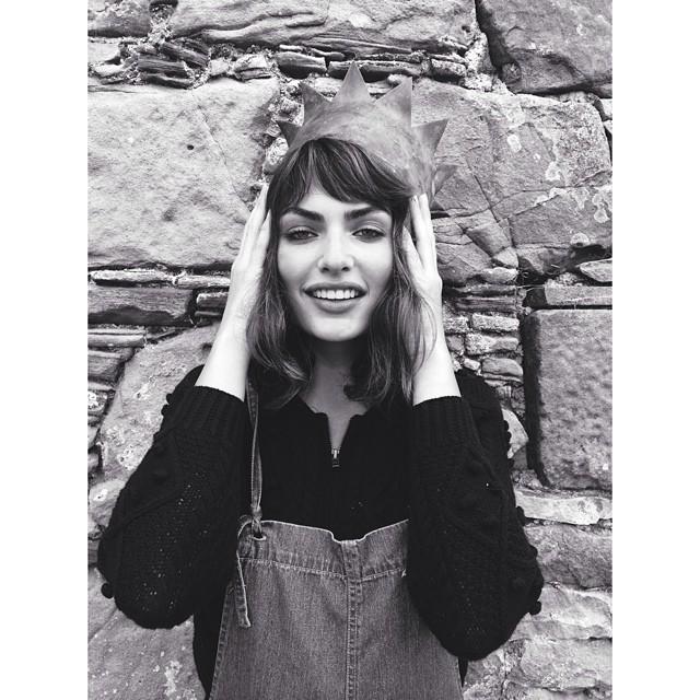 @luvalyssamiller: Queen of Scotland @earlsimms2