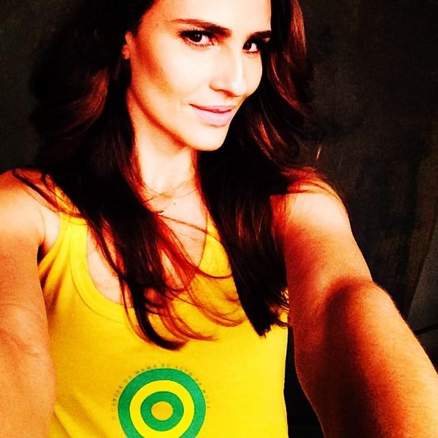 @fernandatavares_official: Entrando no clima com o IBCC!! E Vamo que Vamo Brasil!! emojiemojiemojiemojiemojiemoji#NósVestimosEstaCausa #IBCC#oCancerDeMamaNoAlvoDaModa #worldcup2014 #copadomundo2014#coresdobrasil #braziliancolours