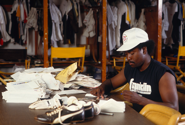 Tony Gwynn :: Getty Images