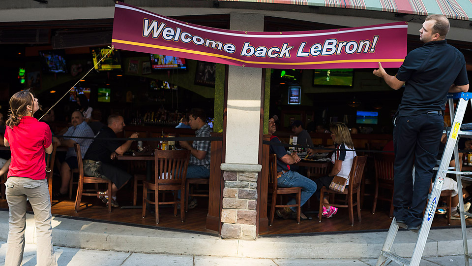 The city of Cleveland welcomed LeBron home when the news of his return broke around 12:15 PM on Friday.