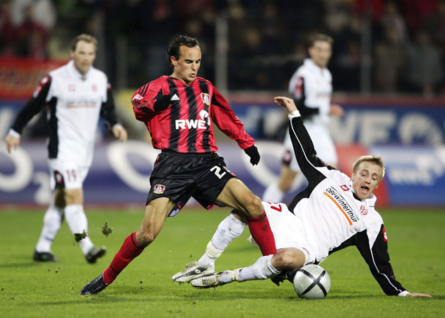 Donovan playing for Bayer Leverkusen in 2005.