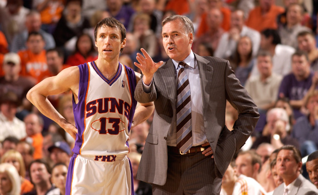 Steve Nash with the Phoenix Suns and head coach Mike D'Antoni.
