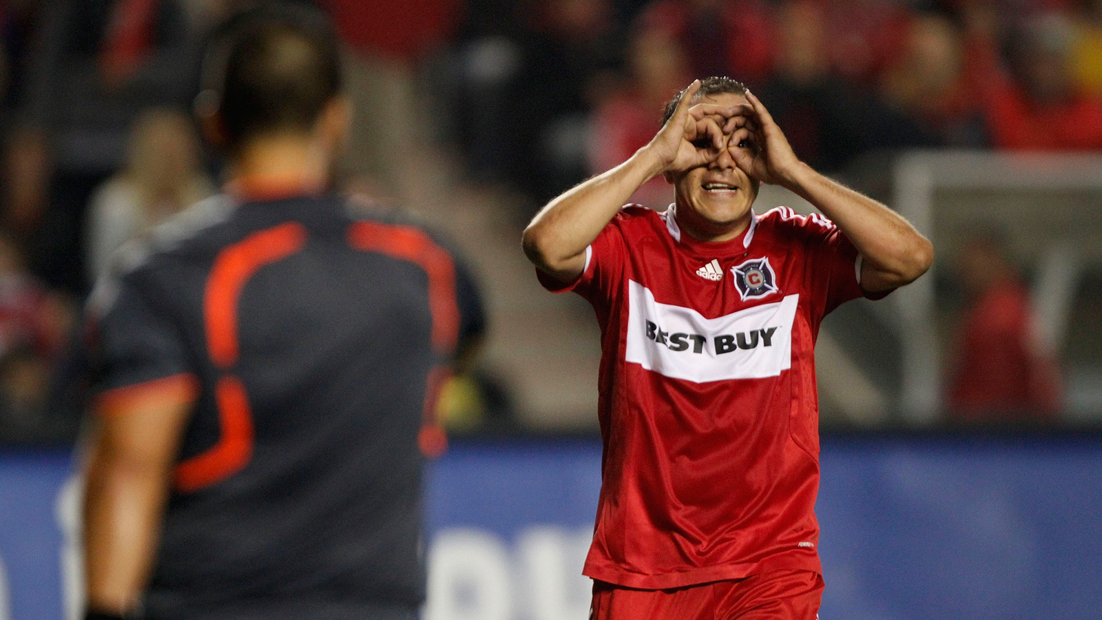 Never shy to express himself, Blanco gestures to a referee during the 2009 MLS Eastern Conference championship.