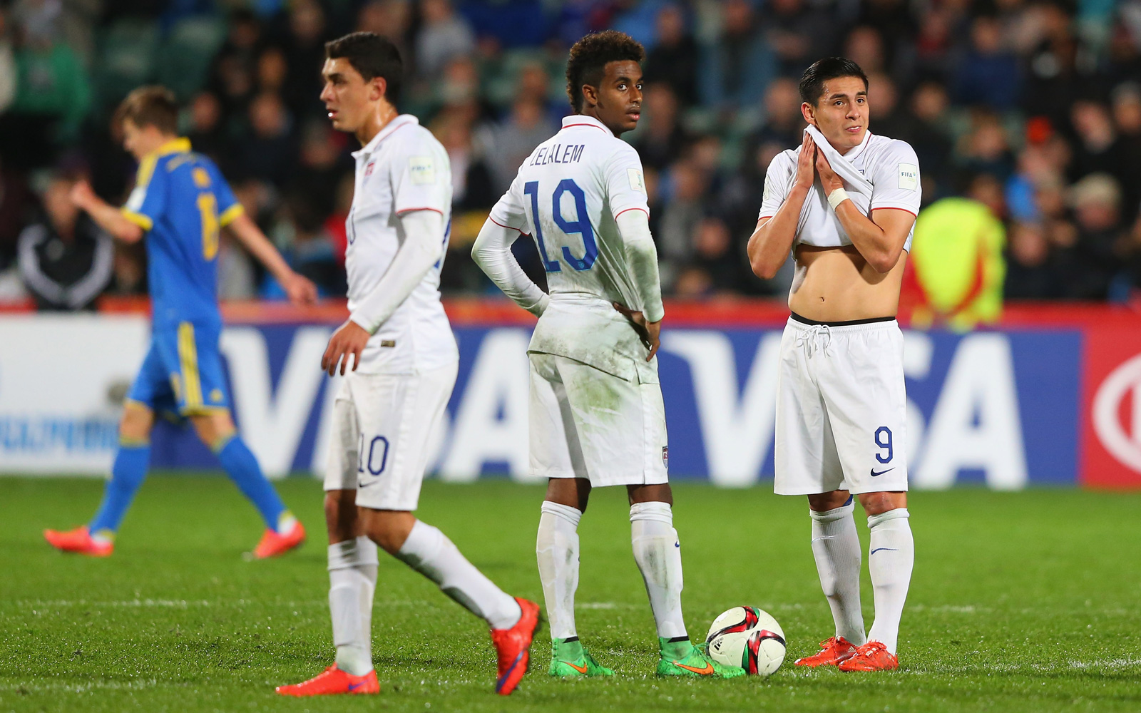 From left, Joel Soñora, Gedion Zelalem and Rubio Rubin show frustration during a 3-0 loss to Ukraine that wrapped up group play in the U-20 World Cup.