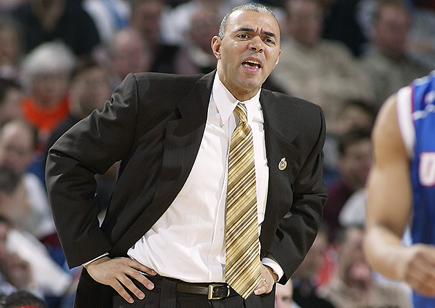 Dave Leitao, during his first tenure as DePaul's coach, in 2004.