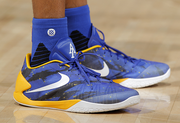 Nike Under Armour Are Tops With Warriors Stephen Curry